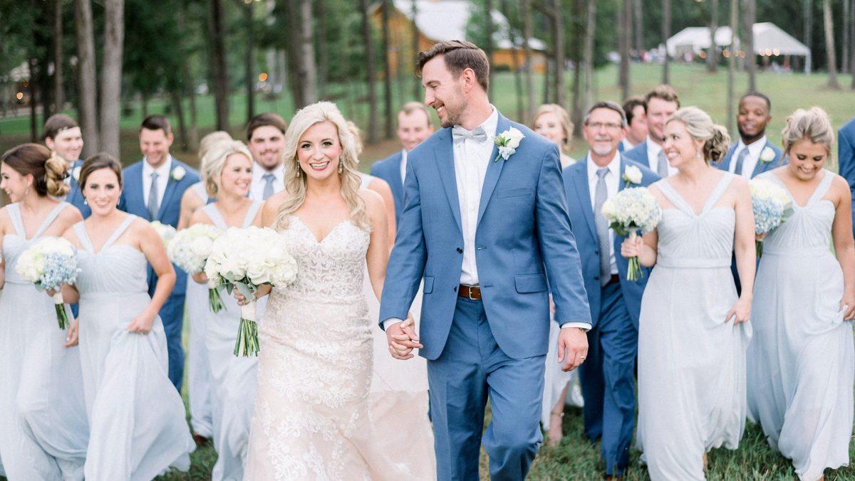 Bella's Bridal and Formal, LLC.
